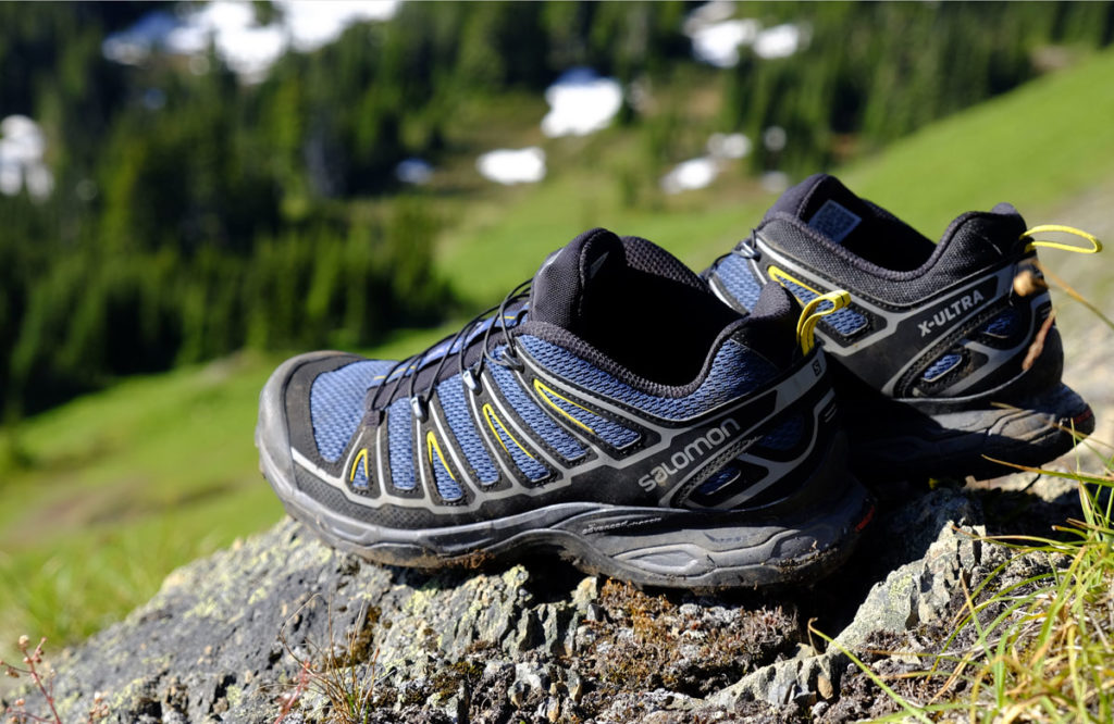 lightest walking shoes